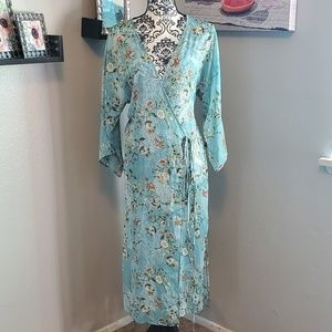 New York & Company Other - NWOT floral wrap kimono